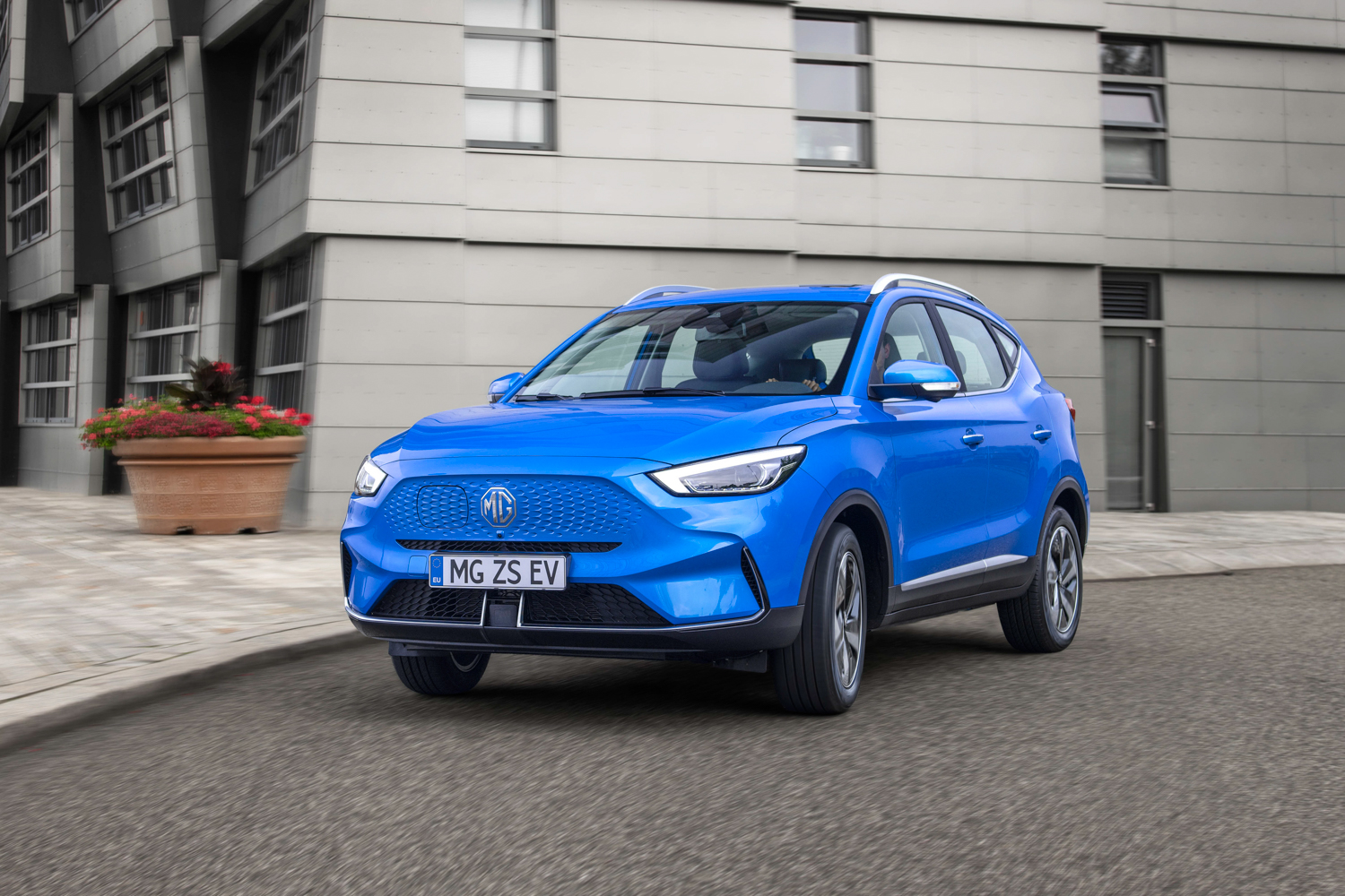 Car News | MG to introduce upgraded ZS EV with longer range | CompleteCar.ie