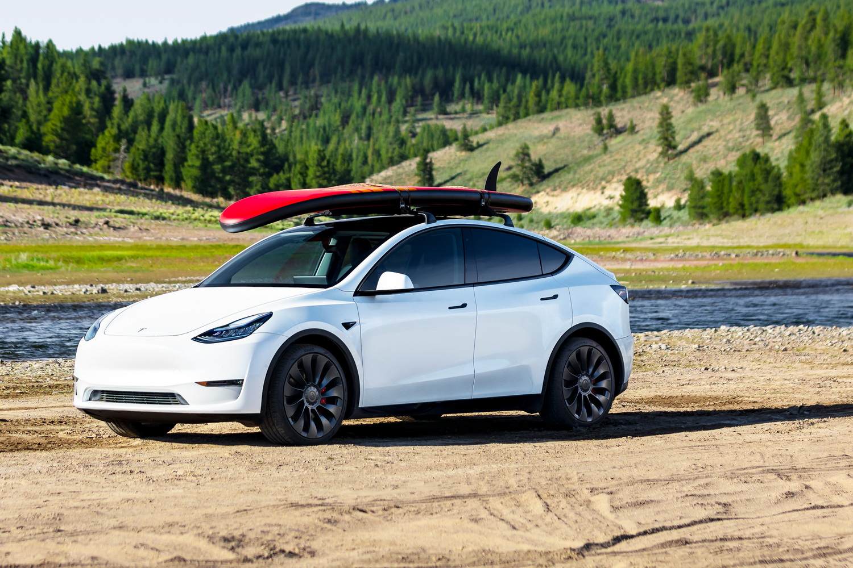 Car News | 2022 Tesla Model Y on sale in Ireland from €69,800 | CompleteCar.ie
