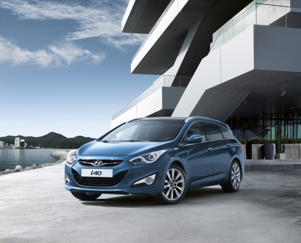 Car News | Hyundai launch i40 with Avensis firmly in their sights | CompleteCar.ie