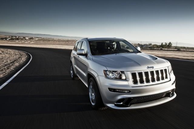Car News | Good ol' V8 Jeep | CompleteCar.ie