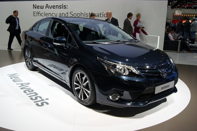 Car News | Toyota updates Avensis | CompleteCar.ie