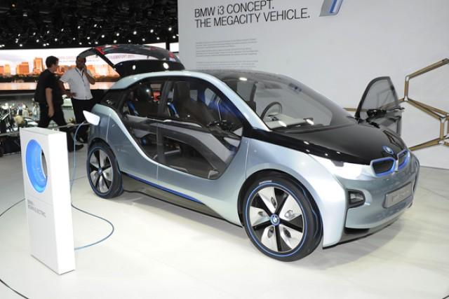 Car News | Frankfurt Motor Show 2011: BMW i3 and i8 | CompleteCar.ie