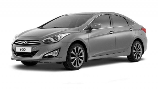 Car News | Hyundai i40 saloon to cost €24,995 | CompleteCar.ie