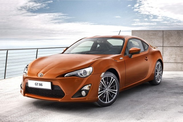 Car News | Toyota GT 86 revealed | CompleteCar.ie