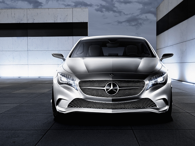 Car News | Mercedes-Benz goes on the offensive | CompleteCar.ie