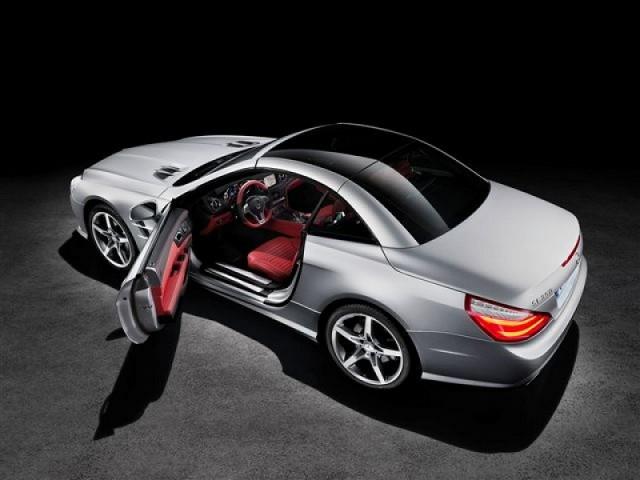Car News | New Mercedes-Benz SL celebrates 60 years | CompleteCar.ie