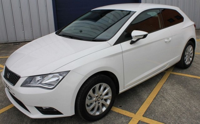 Car Industry News | SEAT adds commercial option to the Leon range | CompleteCar.ie