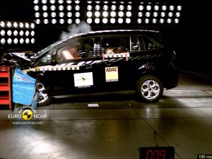 Top Safety Rating For Ford C Max New Mpvs Score Marks In Tests