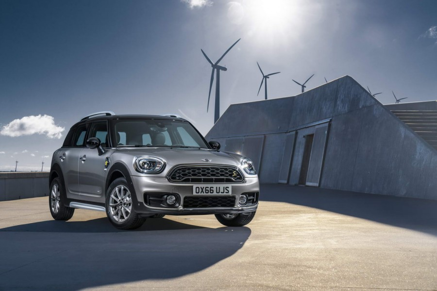 Car News | New MINI Countryman gets hybrid version | CompleteCar.ie