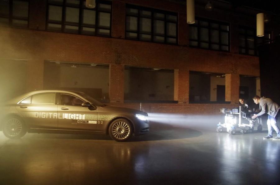 Car News | Mercedes shines a light on new headlight tech | CompleteCar.ie
