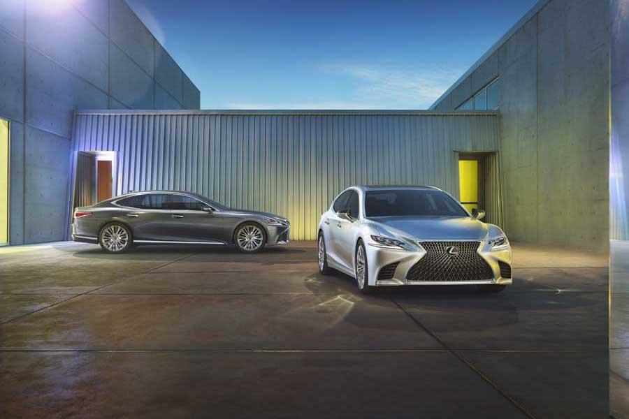 Car News | New Lexus LS saloon at Detroit Motor Show | CompleteCar.ie