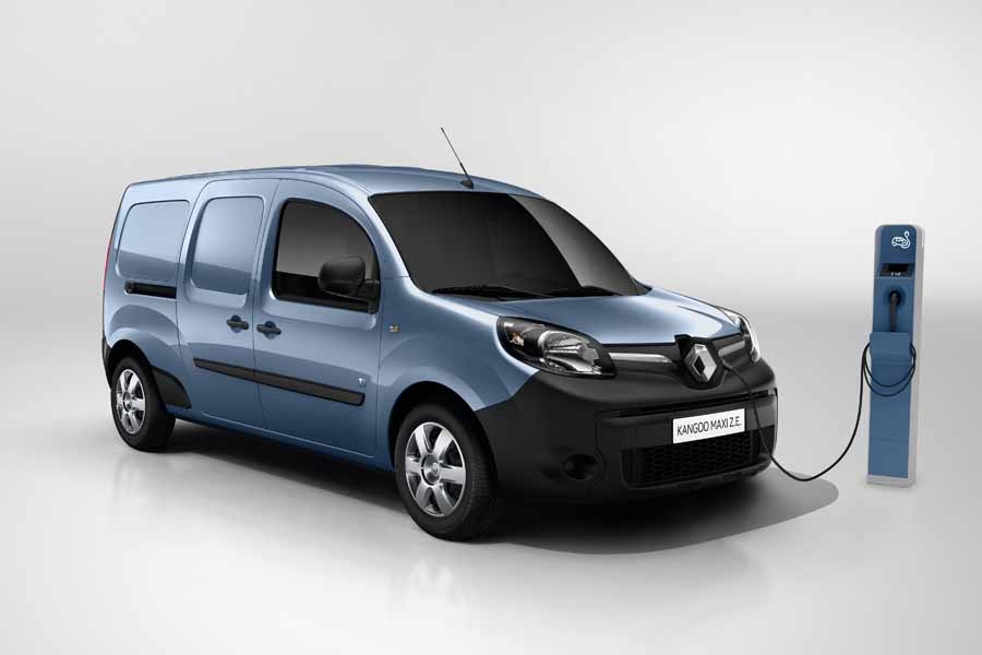 d35eb36595 Renault extends driving range of EV vans - car and motoring news by ...