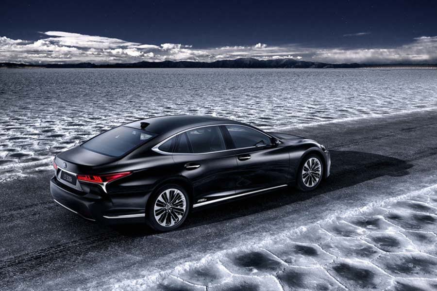 Car News | Lexus LS 500h hybrid to debut at Geneva | CompleteCar.ie
