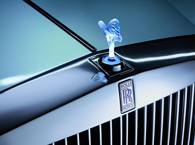 Car News | Electric Rolls-Royce revealed | CompleteCar.ie