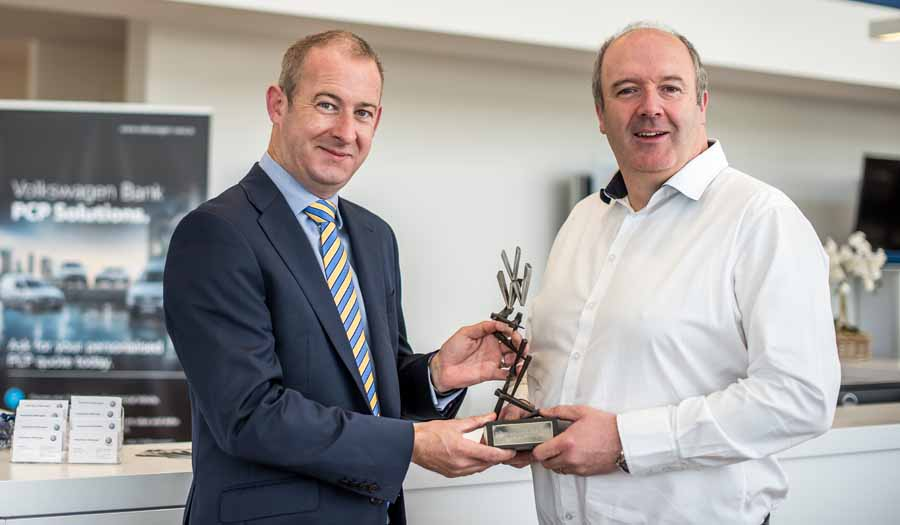 Car Industry News | Frank Keane Volkswagen wins Commercial Vehicle Dealer of the Year | CompleteCar.ie