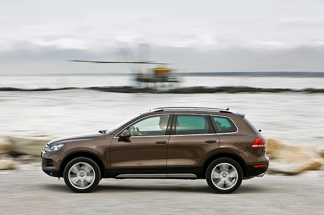 Car News | Volkswagen Ireland launches new Touareg | CompleteCar.ie