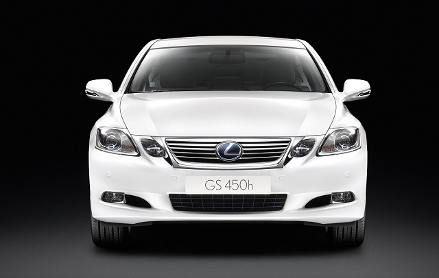 Car News | Lexus to preview new GS | CompleteCar.ie