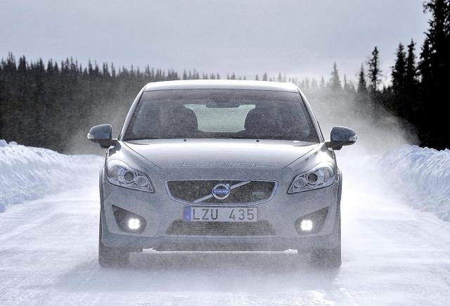 Car News | Volvo freezes its batteries | CompleteCar.ie