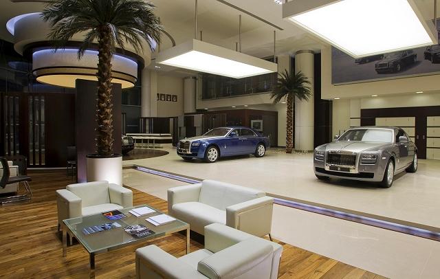 Car News | Biggest Rolls-Royce dealer opens in Abu Dhabi | CompleteCar.ie