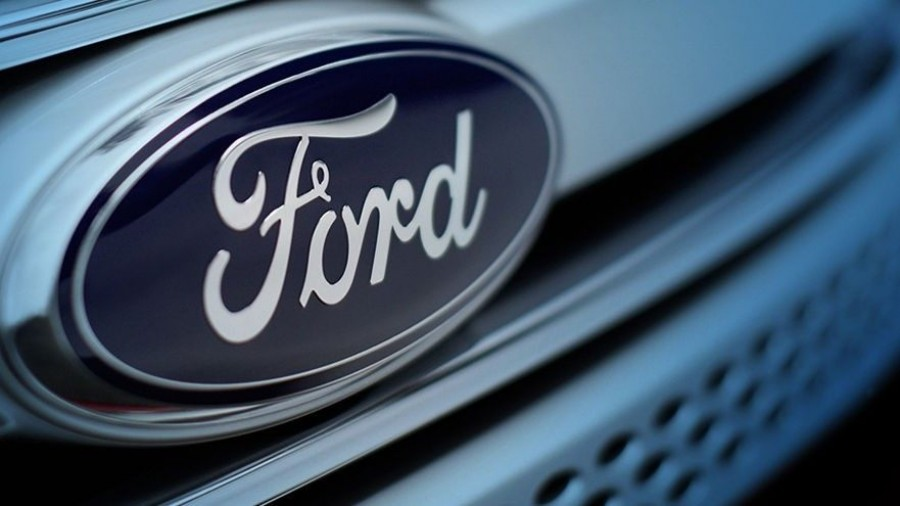 Car Industry News | Ford and Volkswagen considering commercial vehicle partnership | CompleteCar.ie