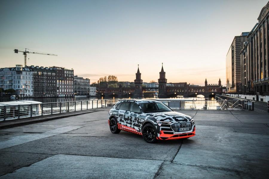 Car News | Audi e-tron quattro cabin design