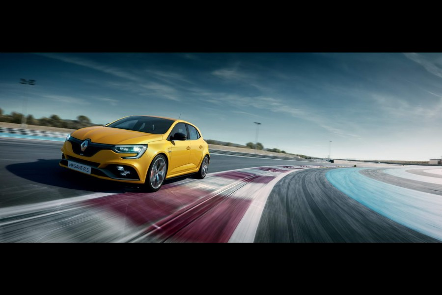 Car News | Trophy added to the Megane RS cabinet