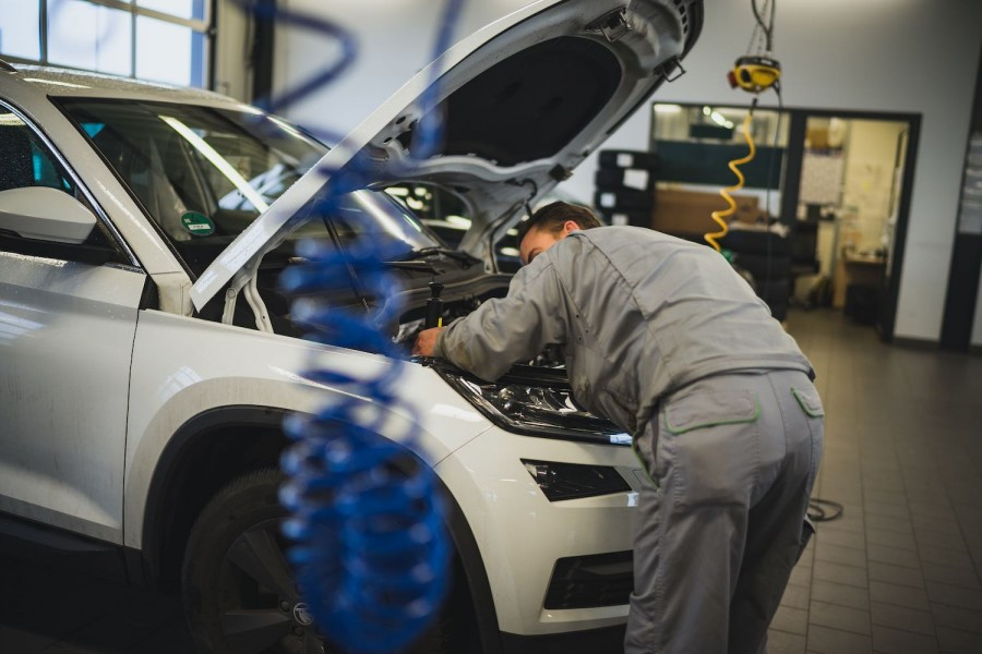 Car Industry News | Skoda launches recruitment drive for apprentices | CompleteCar.ie