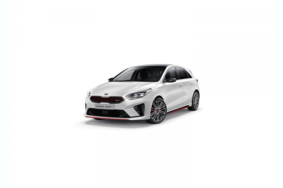 Kia Ceed GT hot hatch unveiled