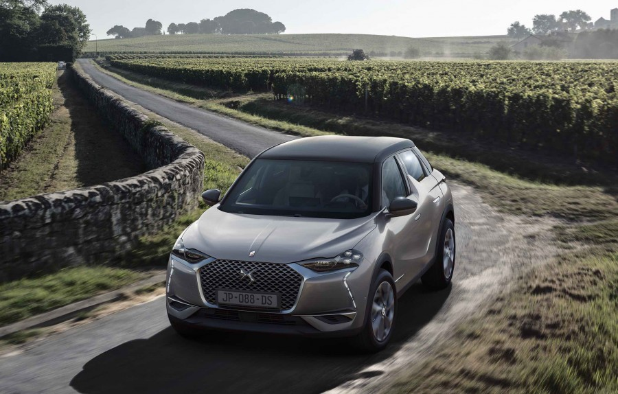ds 3 crossback enters the compact suv market car and motoring news by. Black Bedroom Furniture Sets. Home Design Ideas