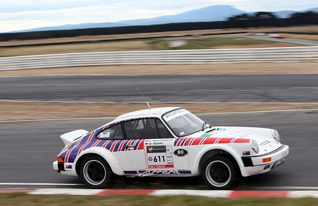 Car News | Legendary racer reunited with 911 | CompleteCar.ie