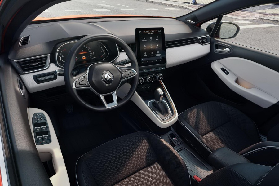 Car News | Renault invites us inside 2019 Clio hatch | CompleteCar.ie