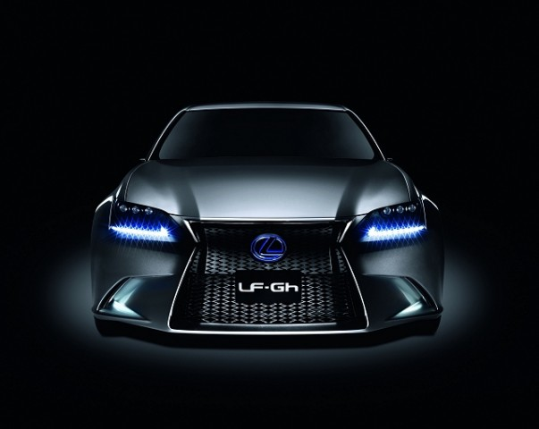 Car News | Lexus takes cover off new GS | CompleteCar.ie