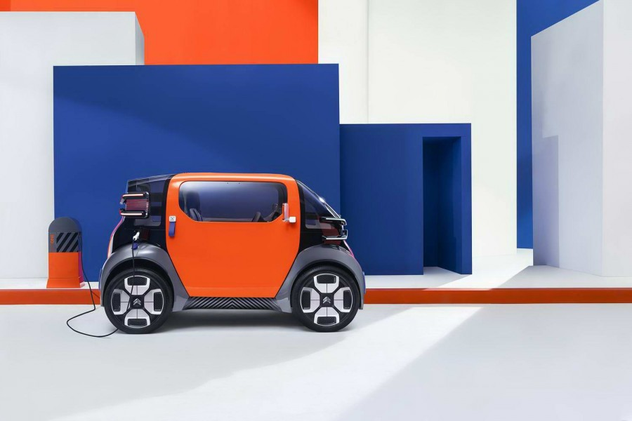 Citroen concept is a vision of future shared mobility - car and