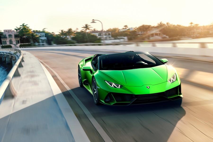 Car News | Lamborghini Huracan Evo Spyder | CompleteCar.ie