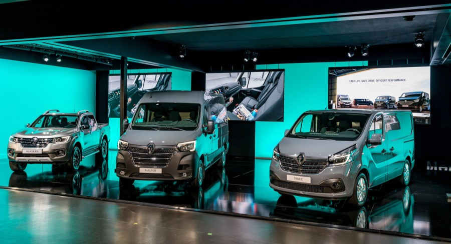 Car News | Renault gears up new van models | CompleteCar.ie