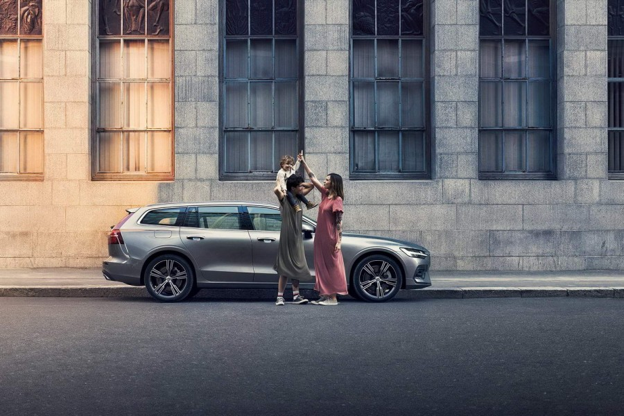 Car Industry News | Volvo now gives six-months' parental leave | CompleteCar.ie