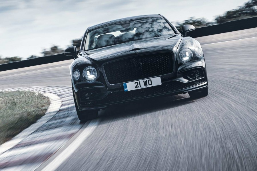 Car News | Bentley teases with glimpses of Flying Spur | CompleteCar.ie
