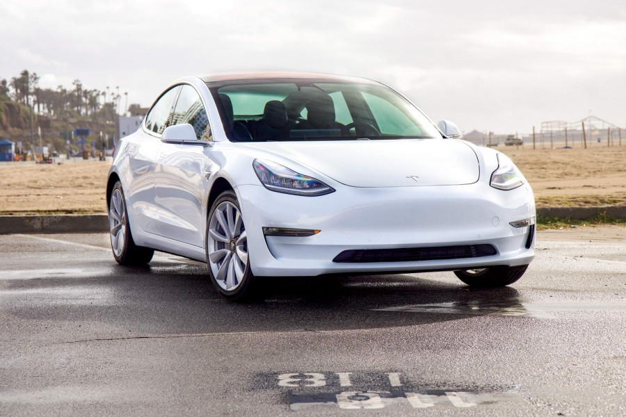 Tesla Model 3 on sale from €48,900 - car and motoring news by