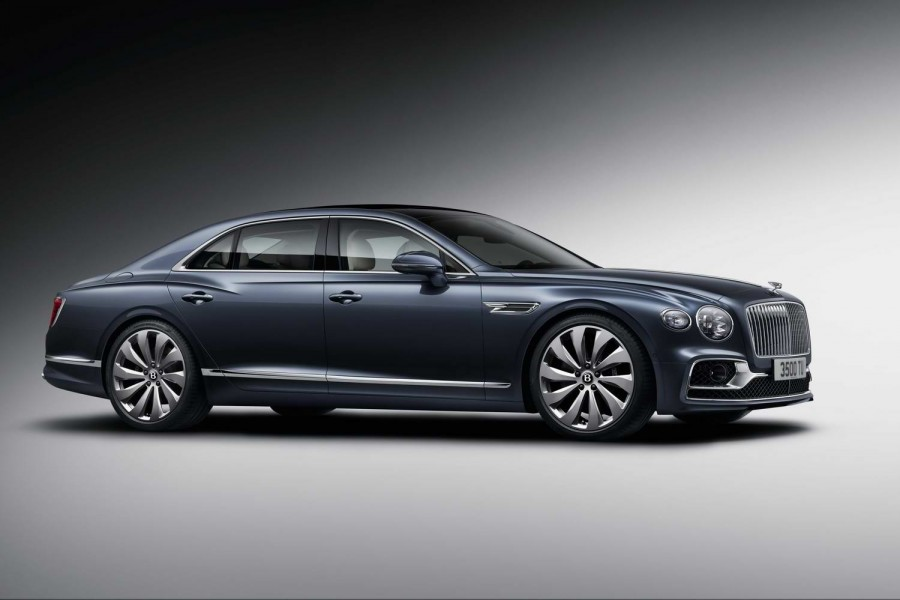 Car News | Bentley reveals new Flying Spur saloon | CompleteCar.ie