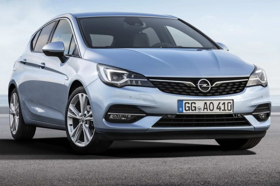 Car News | Opel reveals updated Astra hatchback | CompleteCar.ie