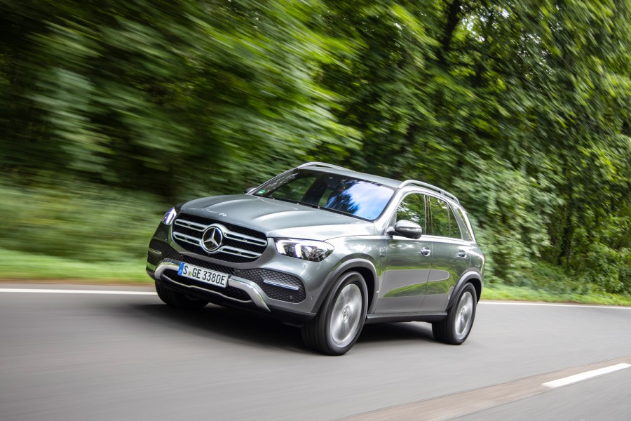 Car News | Mercedes-Benz GLE 350 de plug-in hybrid | CompleteCar.ie