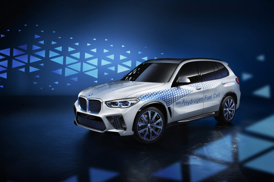 Car News | Hydrogen BMW X5 on way | CompleteCar.ie