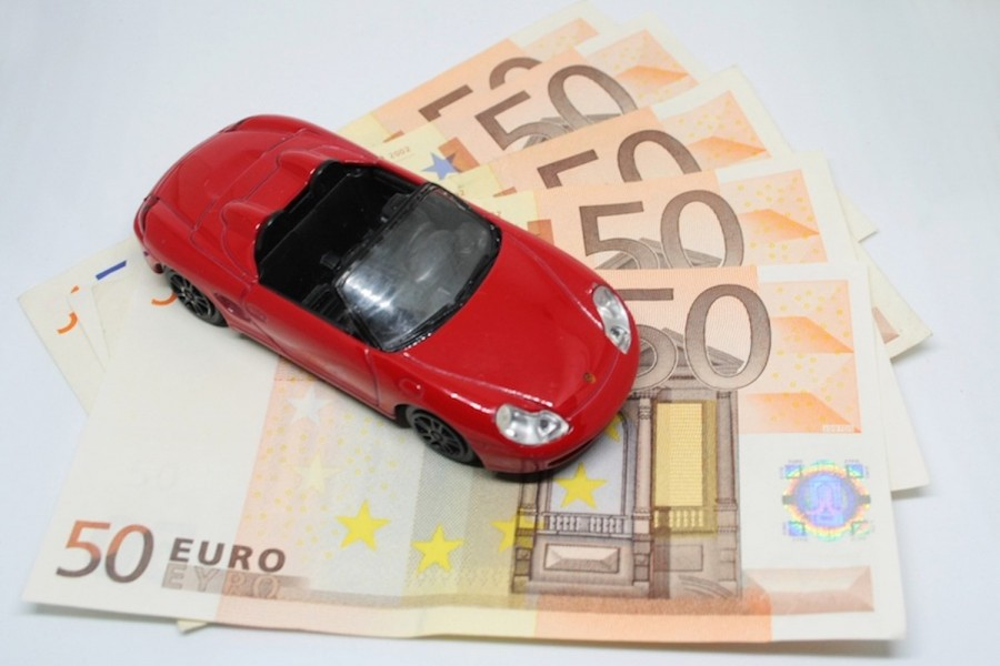 Outstanding car finance on the rise