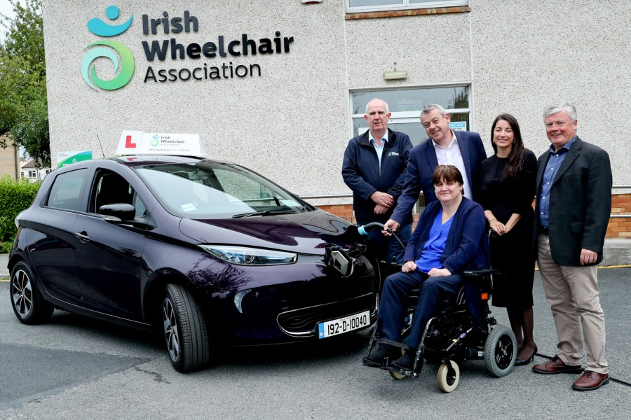 Car News | Renault gives electric Zoe to Wheelchair Association | CompleteCar.ie