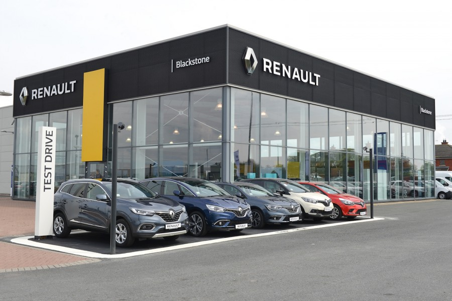 Car Industry News | Blackstone Motors opens third Dacia and Renault dealership | CompleteCar.ie