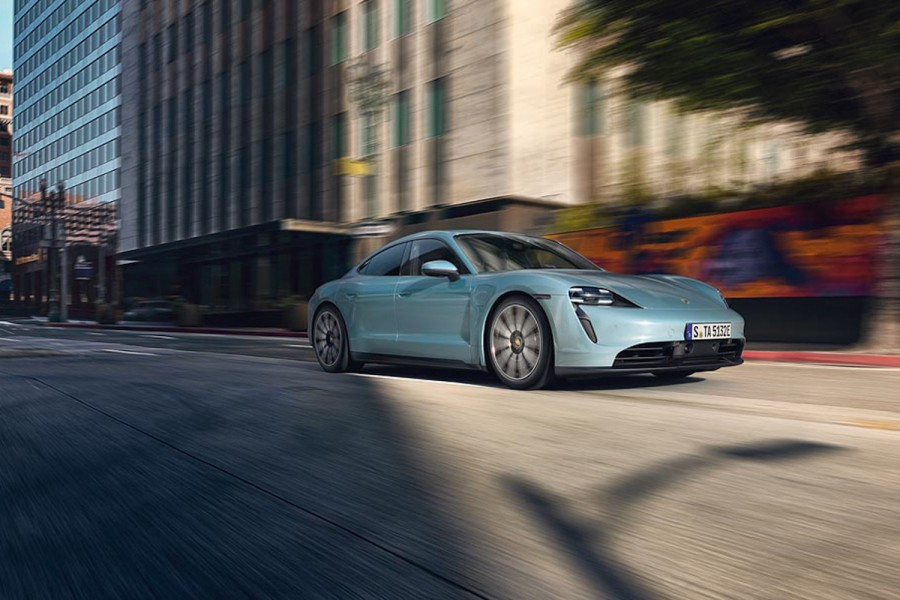 Car News | Porsche adds entry 4S to Taycan line | CompleteCar.ie