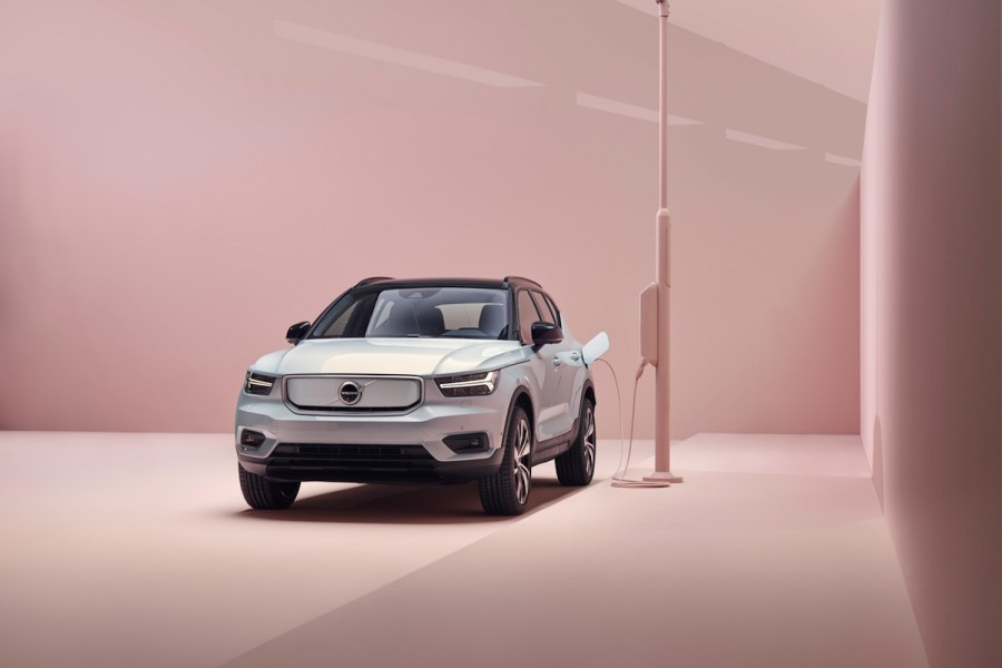 Car News | Volvo XC40 Recharge | CompleteCar.ie
