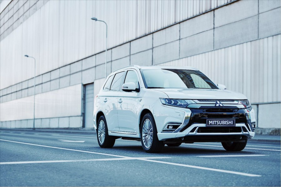 Car News | Mitsubishi 201-plate offers | CompleteCar.ie