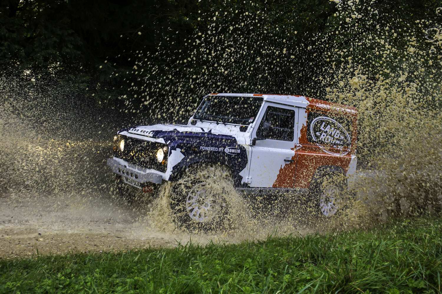 Car Industry News | Land Rover buys Bowler | CompleteCar.ie