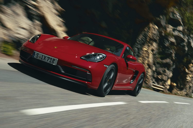 Car News   Porsche drops flat-six into 718 GTS twins   CompleteCar.ie